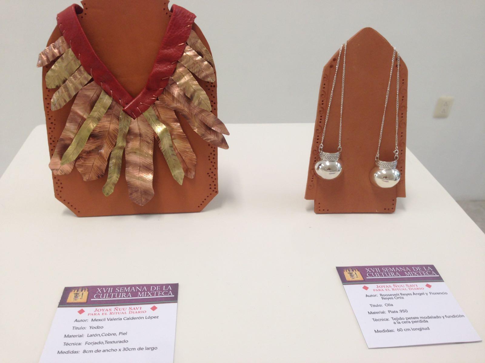 Montan joyería y orfebrería de simbología mixteca