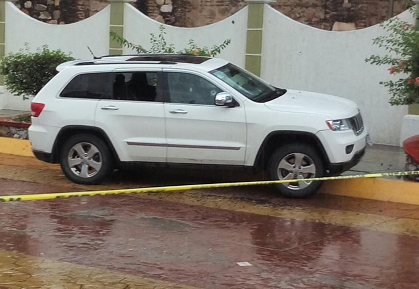 Investigan atentado contra edil de Ixtaltepec, hay dos lesionados y un muerto.