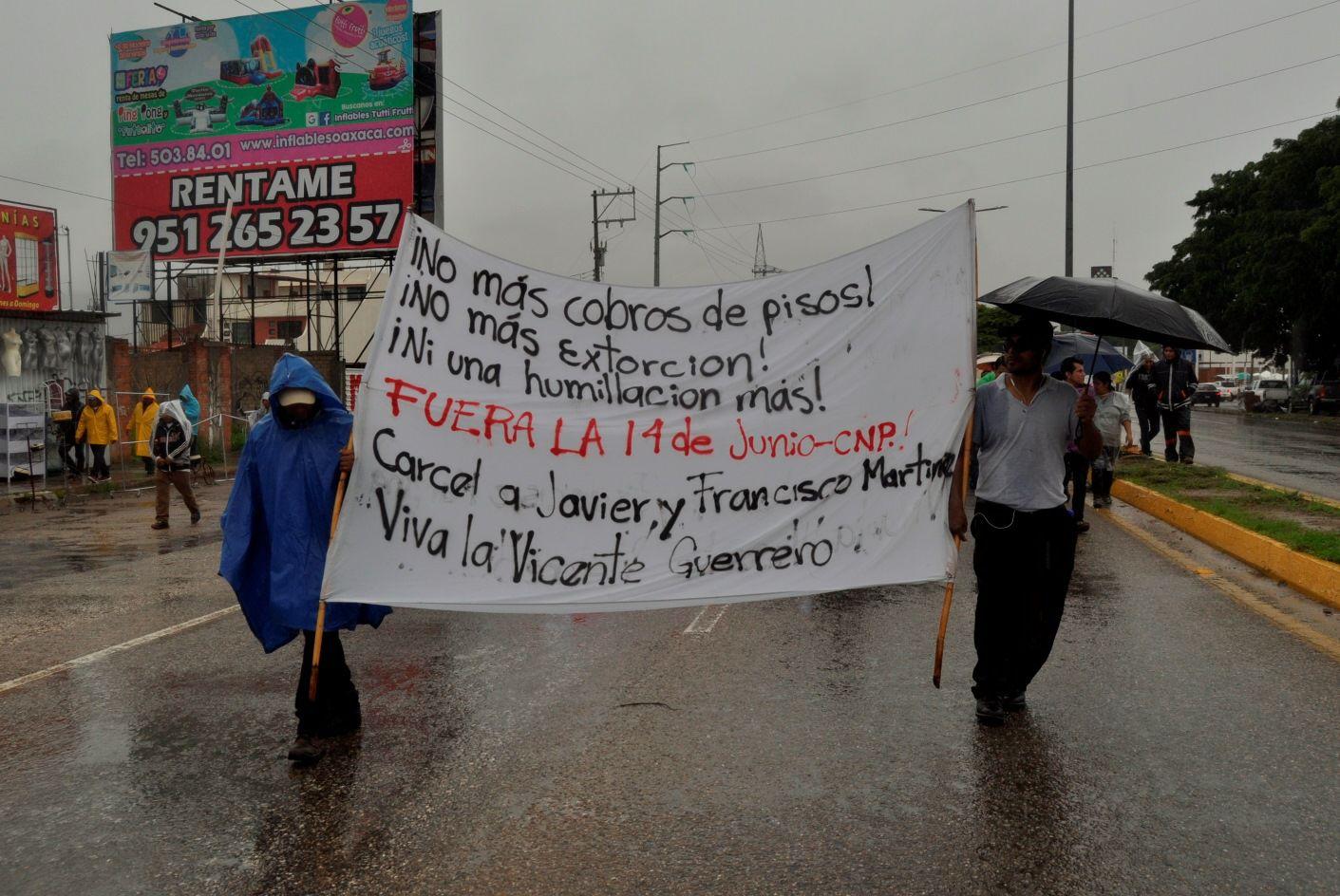¡No más extorsión! Exigen colonos de la Vicente Guerrero en Oaxaca
