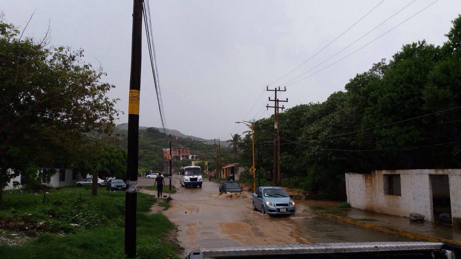 """En el Istmo emite CEPCO alerta amarilla  por depresión tropical """"2-E"""""""